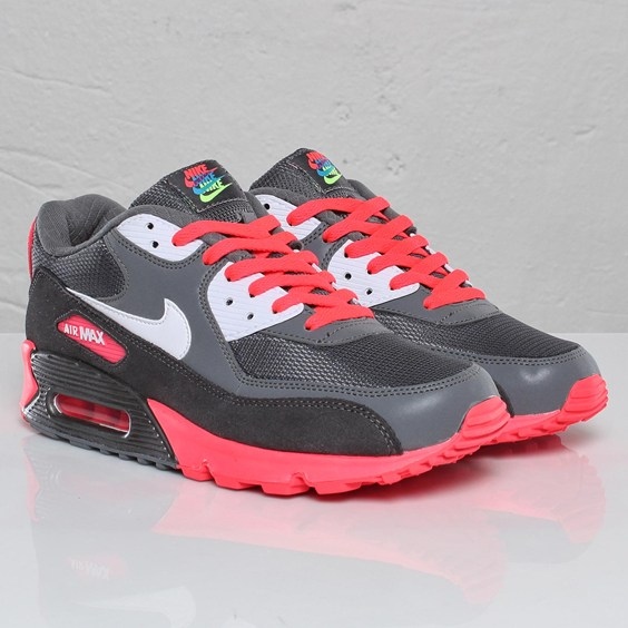 Release of The Air Max 90